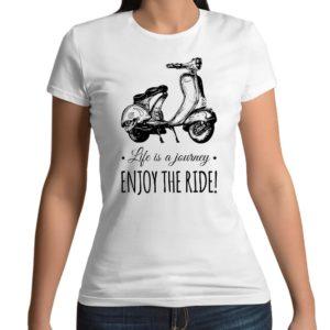 Tshirt personalizzata 100% cotone con stampa frontale della Vespa Piaggio e la scritta Enjoy the ride su maglietta bianca