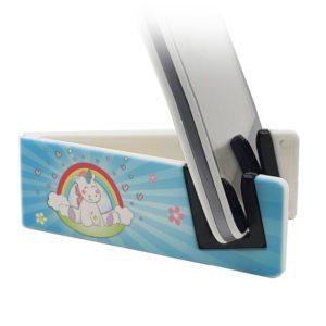 Stand per smartphone con unicorno su una nuvoletta sotto l'arcoableno