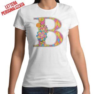 Tshirt 100% cotone con stampa frontale della lettera iniziale, effetto floreale colore bianco